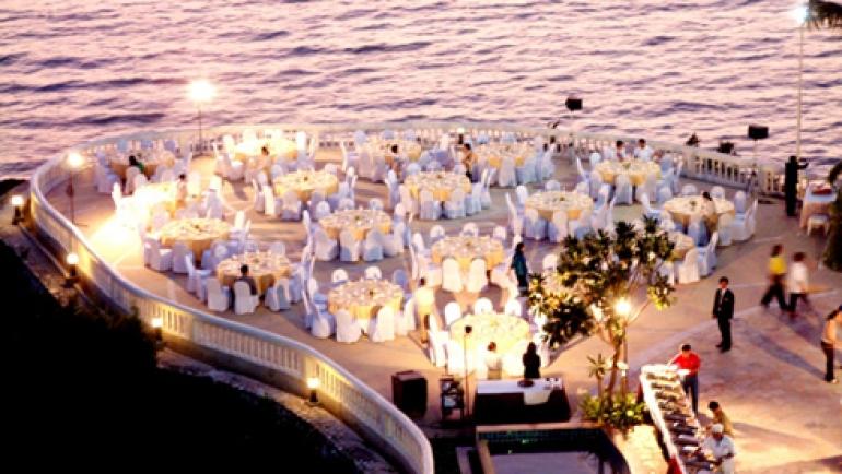 Indian wedding at Amari Orchid, Pattaya, Thailand – Real Wedding of Shreya & Shalabh – WeddingSutra